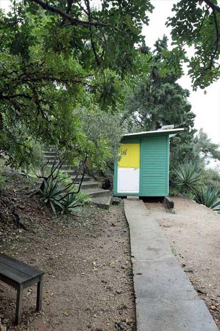 カップ・マルタンの休暇小屋(Cabanon de Le Corbusier)/ル・コルビュジエ建築/フランス