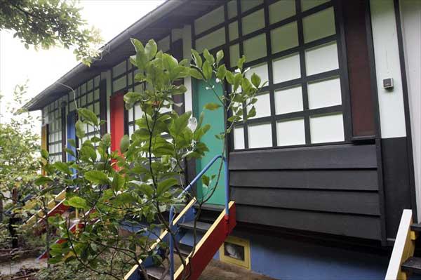 ユニテ・ド・キャンピング(カップ・マルタンの休暇小屋) | ル・コルビュジエ建築 | フランス