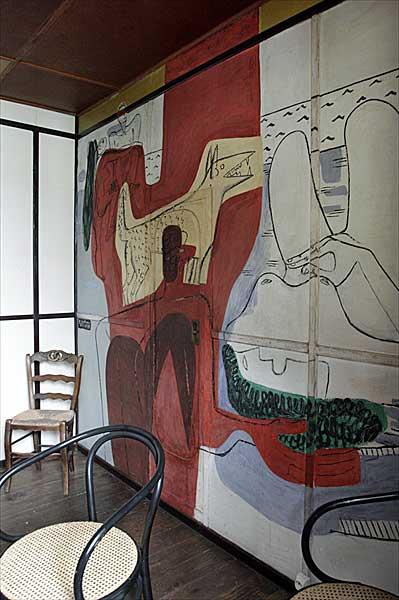 ヒトデ軒(カップ・マルタンの休暇小屋) | ル・コルビュジエ建築 | フランス
